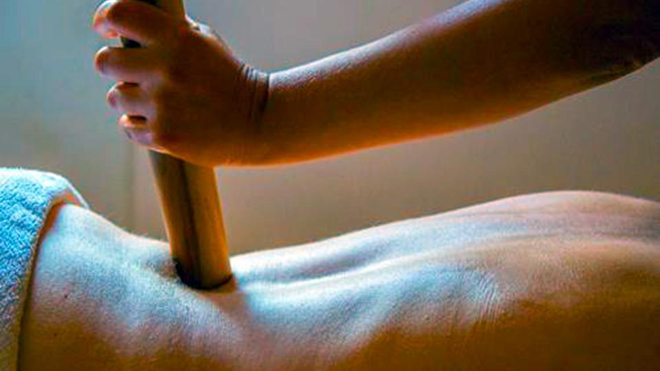 Massaggio rimodellante Maori(R) da 70 minuti su